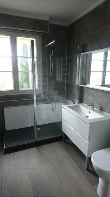 Photo après transformation de baignoire en douche