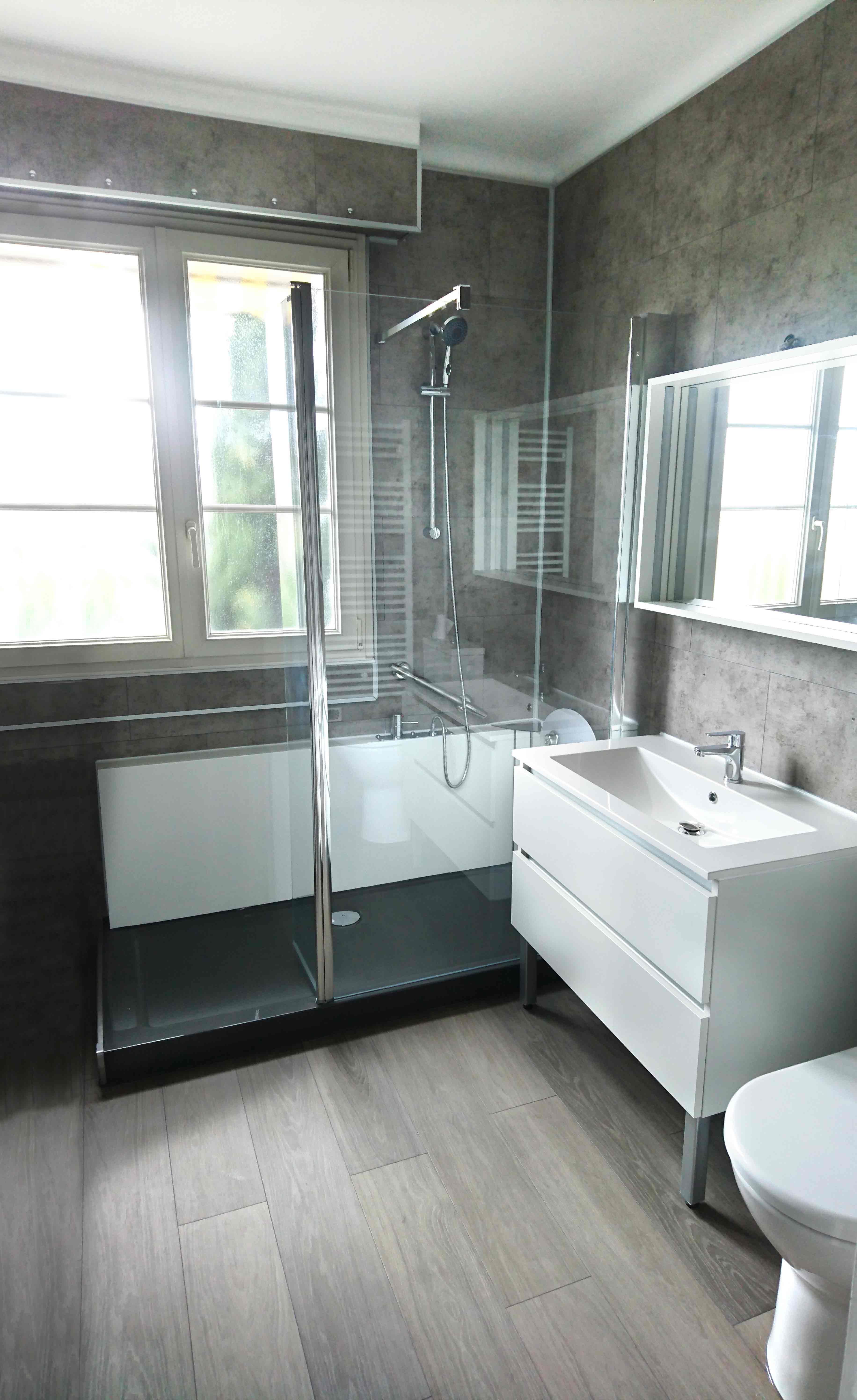 Salle de bain entièrement rénovée par Easy Shower