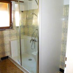 Photo de témoignage client douche senior Easy Shower